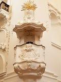 De Preekstoel Collegienkirche Salzburg stock afbeeldingen