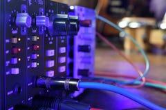 ` De Pres do ` do transistor do estúdio os amplificadores pre no estúdio de gravação imagem de stock