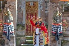 De prestaties van de Barongdans, het Balinese traditionele dansen royalty-vrije stock fotografie