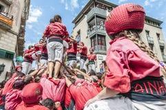 De prestaties van Cercavila binnen Vilafranca del Penedes Festa Majoor Stock Foto