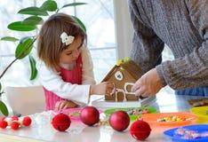 De pretactiviteiten van Kerstmis Stock Afbeeldingen