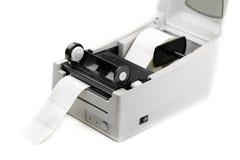 De printer van het streepjescodeetiket, op wit wordt geïsoleerd dat Royalty-vrije Stock Afbeeldingen