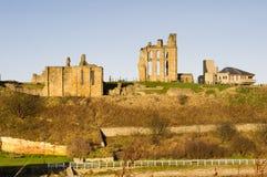 De priorij en het kasteel van Tynemouth stock fotografie