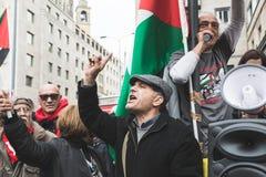 De pro-Palestijnse demonstratiesystemen betwisten de Joodse Brigade Royalty-vrije Stock Afbeeldingen