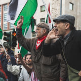 De pro-Palestijnse demonstratiesystemen betwisten de Joodse Brigade Royalty-vrije Stock Foto