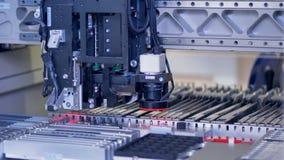 De productie van computerelementen Micro-elektronica productielijn 4K stock video