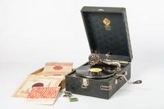 De productie van de grammofoongrammofoon van de installatie van Leningrad, dichtbij leugennaalden en verslagen Stock Fotografie