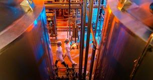 De productie van de melkfabriek stock afbeelding