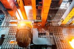 In de productie van staalfabrieken royalty-vrije stock afbeeldingen