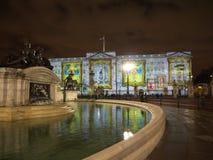 De projectie van het Buckingham Palace van beelden Stock Foto's