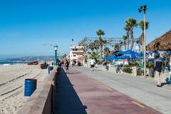 De Promenade van het opdrachtstrand in San Diego stock afbeelding