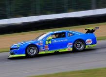 De proraceauto van Chevrolet Camaro op de cursus Stock Foto
