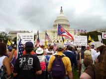 De Protesteerders van het theekransje bij het Capitool