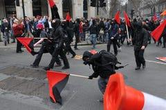 De Protesten van anti-besnoeiingen in Londen Stock Afbeeldingen