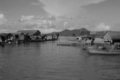 De provincie van Kampongchhnang de het huis dichtbij kongrie berg van de makongrivier in koninkrijk van Kambodja dichtbij de gren Royalty-vrije Stock Fotografie