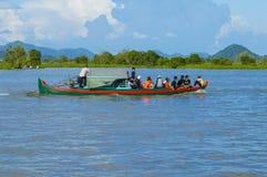 De provincie van Kampongchhnang de het huis dichtbij kongrie berg van de makongrivier in koninkrijk van Kambodja dichtbij de gren Stock Foto