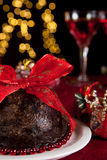 De pudding van de pruim en Kerstmisboom royalty-vrije stock afbeeldingen