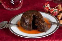 De pudding van de pruim met brandewijn stock foto's
