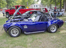 De purpere & Witte Kant van de Motor van de Cobra van Shelby van de Doorwaadbare plaats van 1965 Royalty-vrije Stock Foto's