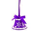 De purpere die klok van het Kerstmiskenwijsje op wit Nieuwjaar wordt geïsoleerd als achtergrond Royalty-vrije Stock Fotografie