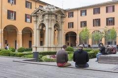 De put van wensen in Bologna, Italië stock afbeeldingen
