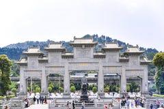De Putuotempel is één van de toeristische attractie De tempel is het oriëntatiepunt van Zhuhai-stad, Guangdong, China Royalty-vrije Stock Foto's