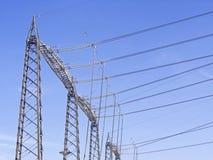 De pylonenmening van de elektrische centralehoogspanning van hierboven Stock Afbeelding