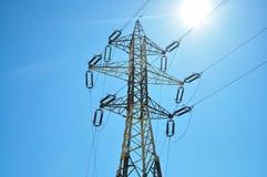 De pyloon van de elektriciteit stock fotografie