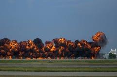 De Pyrotechniek van het tarmac in Oshkosh Airshow stock fotografie
