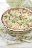 De quiche van de ham, van de kaas en van de spinazie Royalty-vrije Stock Afbeeldingen