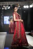 De Raad van het de Manierontwerp van Pakistan (PFDC) de Week 2012 van de Dalingsmanier Stock Foto's