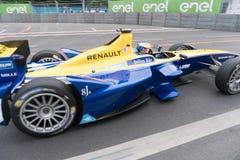 De raceauto van Renault Formula E op renbaan royalty-vrije stock afbeelding