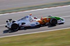 De raceauto van Renault van de formule