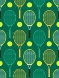De rackets en de ballen van het tennis Royalty-vrije Stock Afbeeldingen