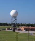 De radartoren van Doppler stock foto