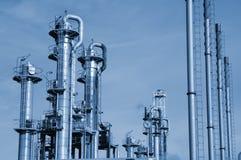 De raffinaderijclose-up van de olie en van het gas Royalty-vrije Stock Afbeeldingen