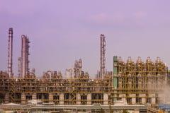 De raffinaderijeninstallaties van het gas Stock Foto's