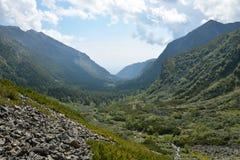 De Rand van Barguzinsky van de riviervallei in Meer Baikal Stock Fotografie