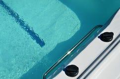 De rand van zwemt kuuroord royalty-vrije stock afbeelding