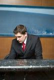 De receptionnist van het hotel Stock Afbeeldingen