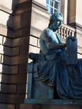 De redactiefilosoof van standbeelddavid hume op Koninklijke Mijl Edinburgh, Royalty-vrije Stock Foto's