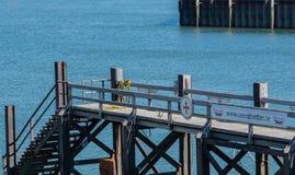 De reddingsboten bij de pijler van sumer haven BÃ ¼ royalty-vrije stock foto's