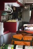 De reddingsvrachtwagen binnen Stock Foto's