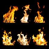 De reeks brandvlammen isoleerde zwarte achtergrond Royalty-vrije Stock Foto's