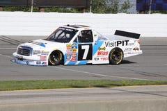 De Reeks die van de Vrachtwagen NASCAR van Justin Lofton 7 ORP kwalificeert Royalty-vrije Stock Foto