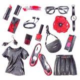 De reeks met zwarte, rode en witte maniervoorwerpen overhandigt getrokken met potloden en schetstellers Vrouwentoebehoren op witt Stock Afbeelding