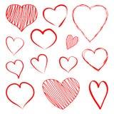 De reeks rode harten overhandigt getrokken Vector vector illustratie