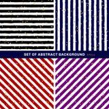 De reeks van abstracte zwarte, blauwe, rode, purpere, witte gestreept op in achtergrond met willekeurige gouden folie stippelt pa stock illustratie