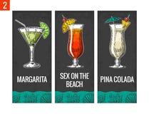 De reeks van de alcoholcocktail Margarita, geslacht op het strand, pinacolada Uitstekende vectorgravureillustratie voor Web, affi stock illustratie
