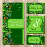 De reeks van de het Huwelijkskaart van pauwveren Voor het drukken geschikte Vectorillustratie Stock Afbeelding